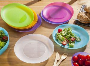 Plastový mělký talíř 22 x 2cm